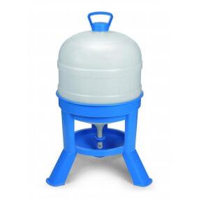 30-Liter-Kunststoff-Siphontränke, mit blauem Stativ und weißem Tank