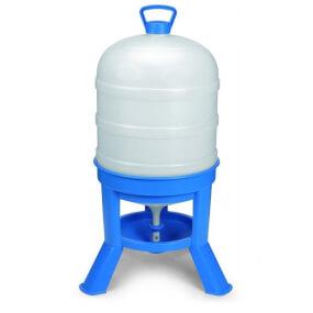 40-Liter-Kunststoff-Siphontränke, mit blauem Stativ und weißem Tank